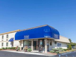 Travelodge Inn & Suites by Wyndham Albany Airport