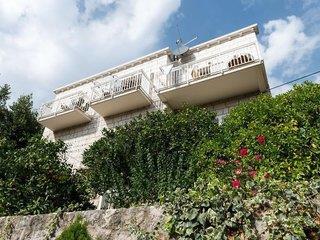 Villa Mar 1