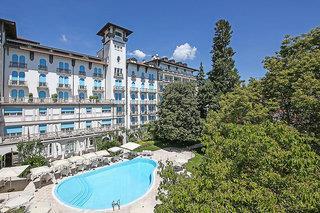 Savoy Palace Gardone