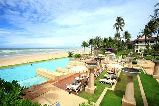 COOEE Apsara Beachfront Resort & Villa