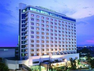 Lanna Palace 2004