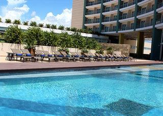 Krystal Urban Cancun Malecon