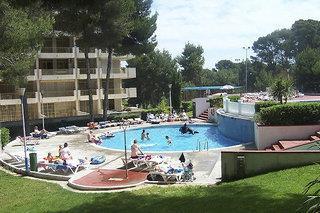 Catalonia Gardens Apartments