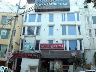 FabHotel White Klove