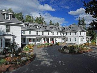 Omni Bretton Arms Inn