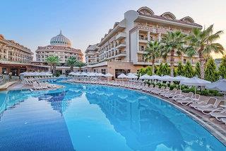 Hotelbild von Kirman Belazur Resort & Spa