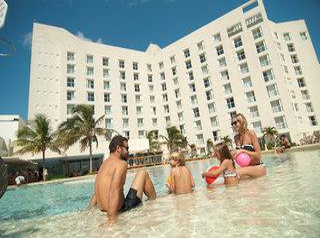 Sunset Royal Beach Resort 3*, Cancún ,Mexiko