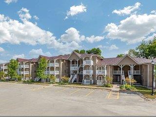 Carriage Ridge Resort at Horseshoe Valley 3*, Barrie ,Kanada
