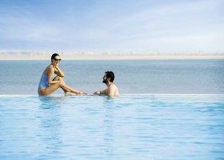 The Bay Club - DoubleTree by Hilton Resort & Spa Marjan Island