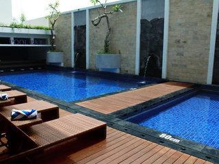 Crystal Lotus Hotel
