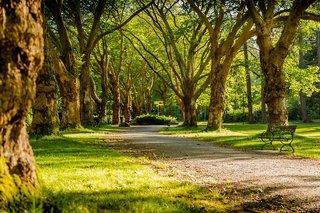 Hotelbild von The Originals Restaurant Les Ormes