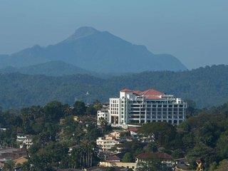 Grand Kandyan Hotel 5*, Kandy ,Srí Lanka