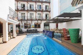 Neptuno Apartments