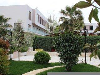 Te Stela Hotel 4*, Tirana ,Albánsko