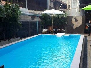Ratana Hotel