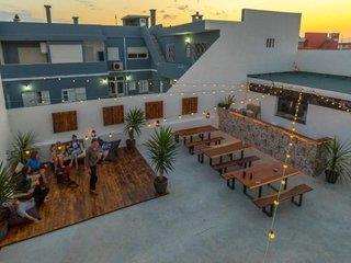 Hotelbild von PURE Surfhouse Caparica