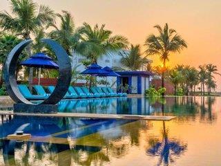 Azaya Beach Resort