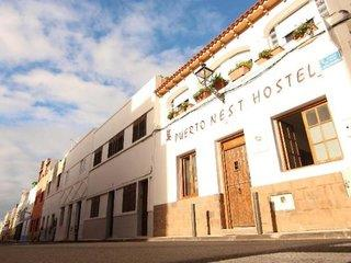 Puerto Nest Hostel