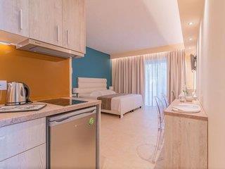 Christa Apartments