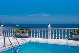 Ostria Seaside Studios & Apartments