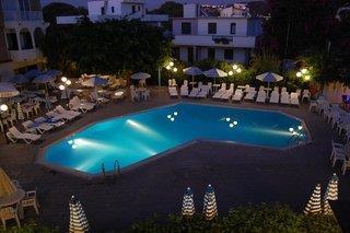 Kassandra Family Apart Hotel & Spa