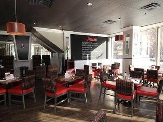 Chrome Montreal Centre Ville