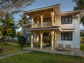 Bahari Dhow Beach Villas 3*, Diani Beach (Ukunda) ,Keňa